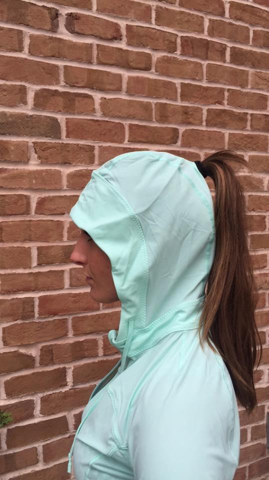 lululemon-runbeam-hoodie