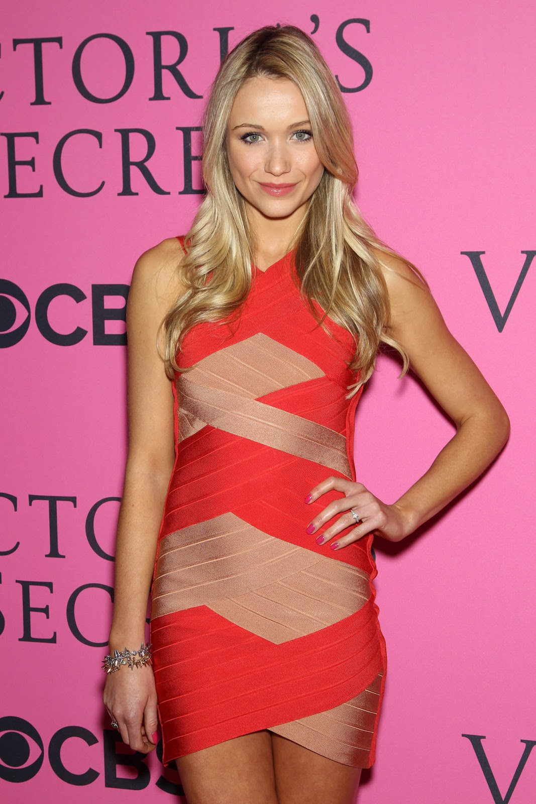 Katrina Bowden   Victoria's Secret Fashion Show In Ny   November 7