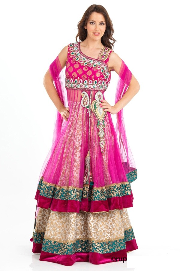 New Fashion Dresses for Boys http://shoaibnzm.blogspot.com/2012/10/pakistani-latest-fashion-dresses.html