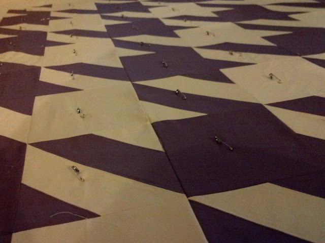 basting hounds tooth quilt