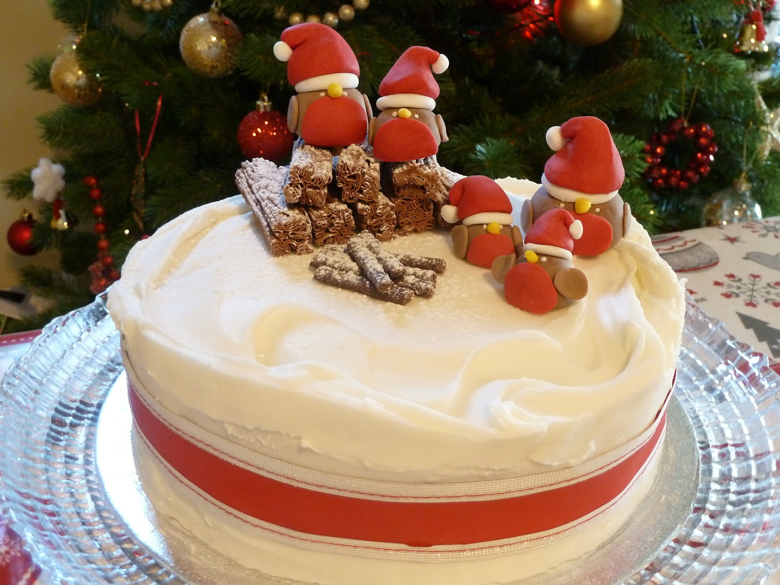 Christmas Cake with Festive Robin decorations