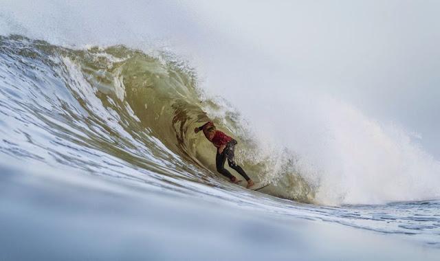 6 2014 Moche Rip Curl Pro Portugal Kolohe Andino USA Foto ASP Damien Poullenot Aquashot