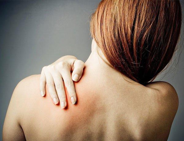 Las verrugas bolyat sobre la espalda
