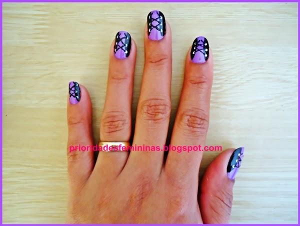 lilás com preto, nail art, decoração de unhas