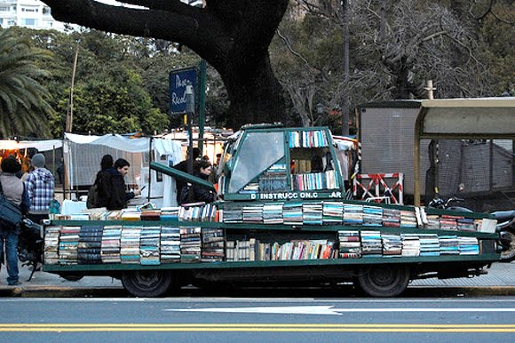 Weapon of Mass Instruction - Arma de Instruccion Masiva - The Argentinian Book Art Tank Strikes Again