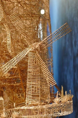 Amazing: This Statue Made from Thousands of Toothpicks