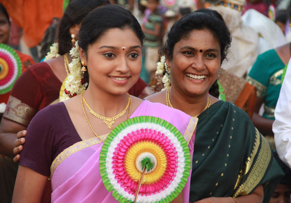 ela cheppanu (Kozhi Koovuthu in tamil) movie stills3