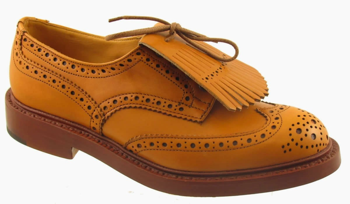 ZAPATOS DERBY FULL-BROGUE TRICKER´S CON KILTIE