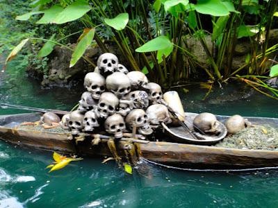 Rafts to Tarzan Treehouse HK Disneyland