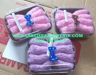 towel chibi cake