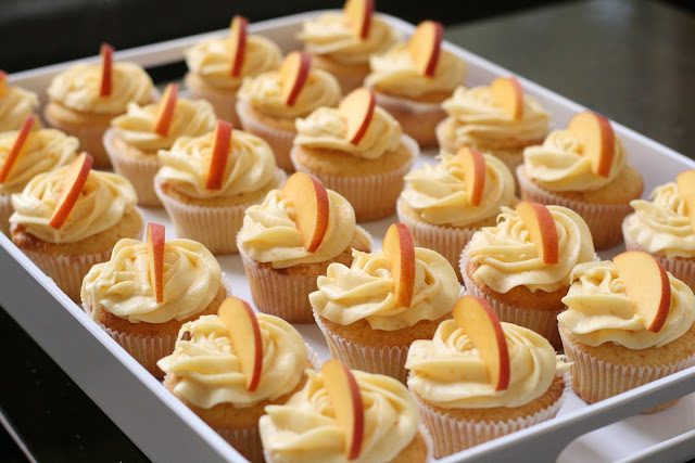 Peach Cupcakes