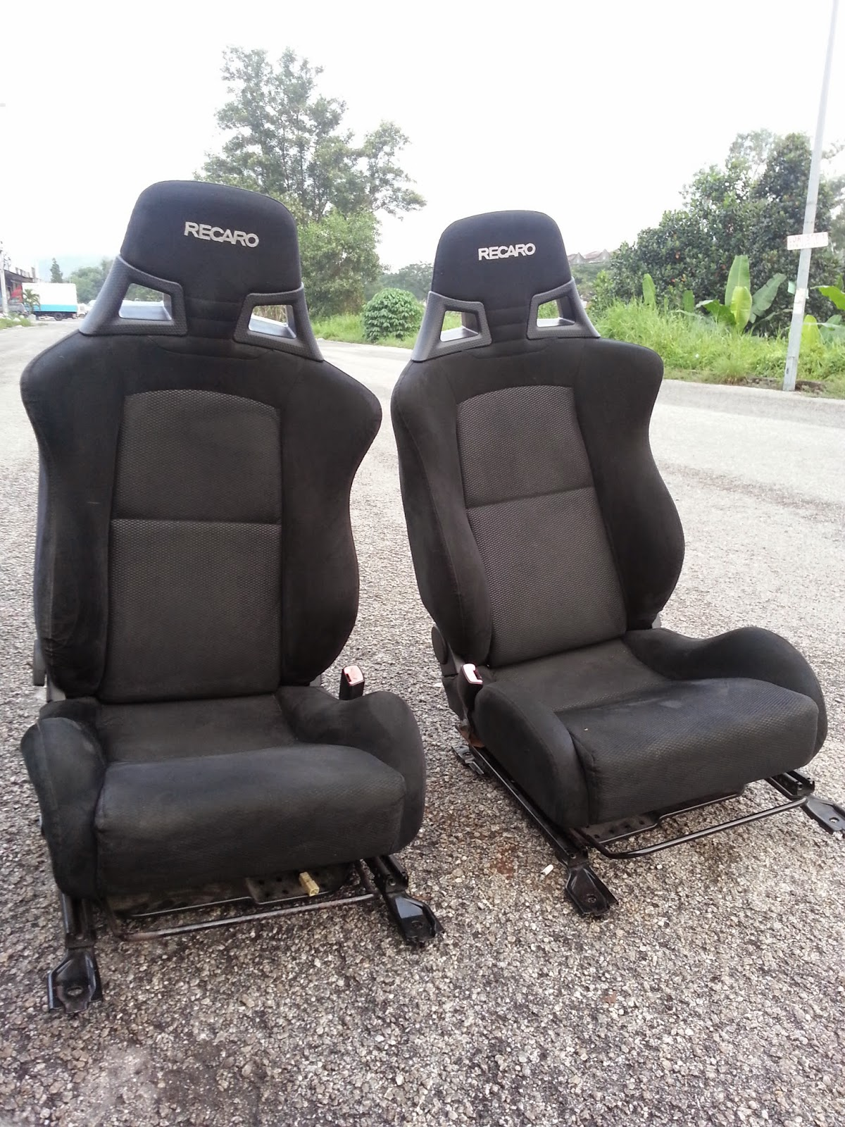 dingz garage seat recaro lancer evo x complete. Black Bedroom Furniture Sets. Home Design Ideas