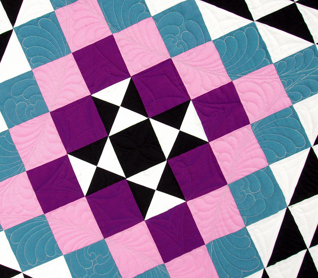 Oakshott Kaleidoscope Quilt ~ Quilting by Karen Terrens from Quilts on Bastings | Red Pepper Quilts