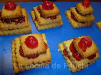 http://www.recetaspasoapaso.com/2011/05/galletas.html