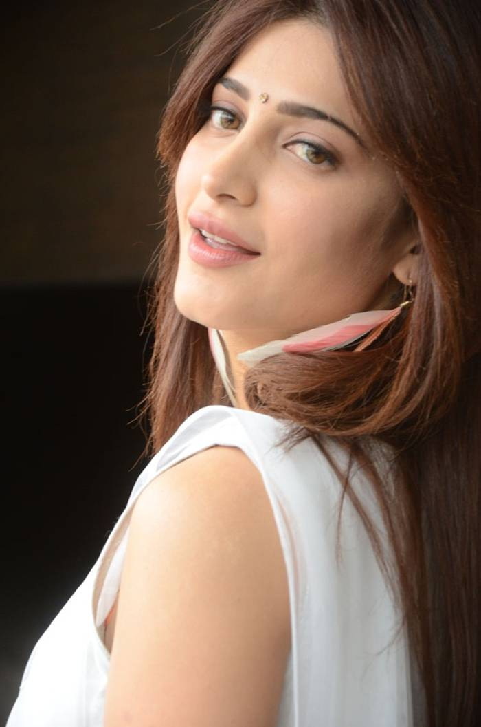 Shruti Hassan in White Dress