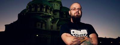 Триумф на ЕГОТО: Интервю със СТЕФАН ТОПУЗОВ
