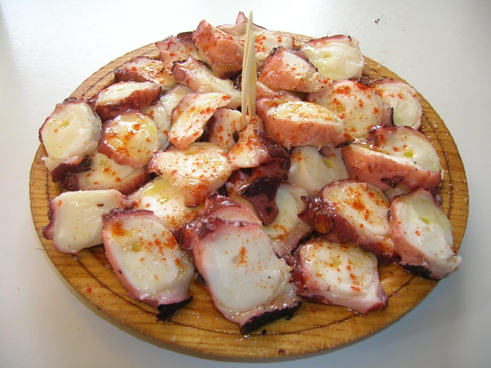 La francesa aux fourneaux tapa de poulpe la galicienne for Tapas francesas