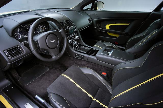 Aston Martin V12 Vantage S interior
