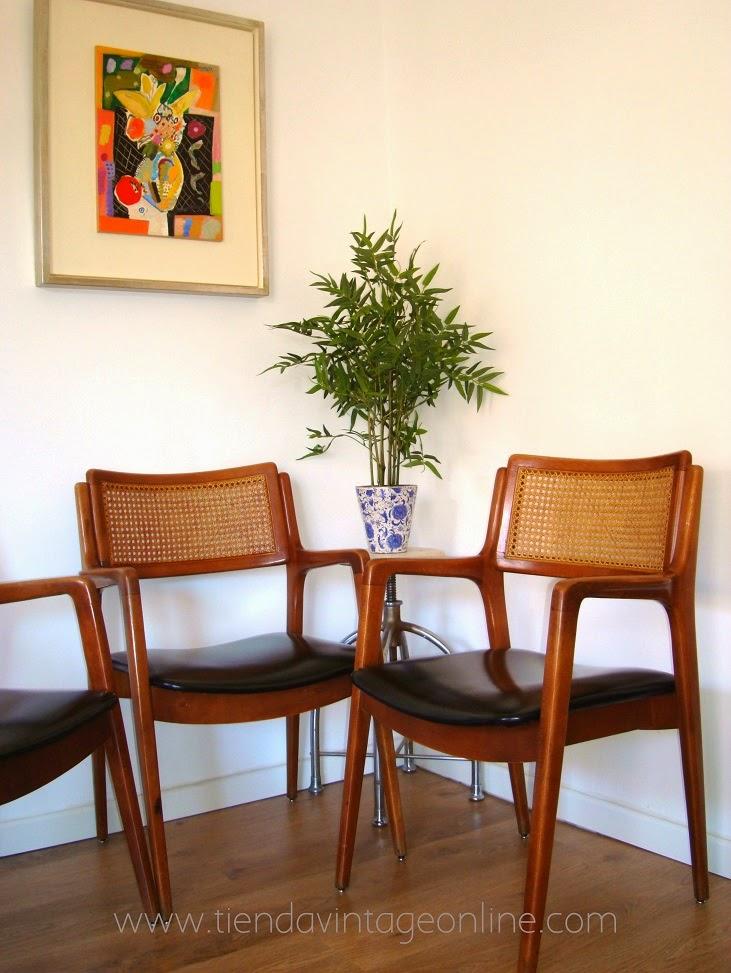 Venta de conjunto de sillas escandinavas años 50