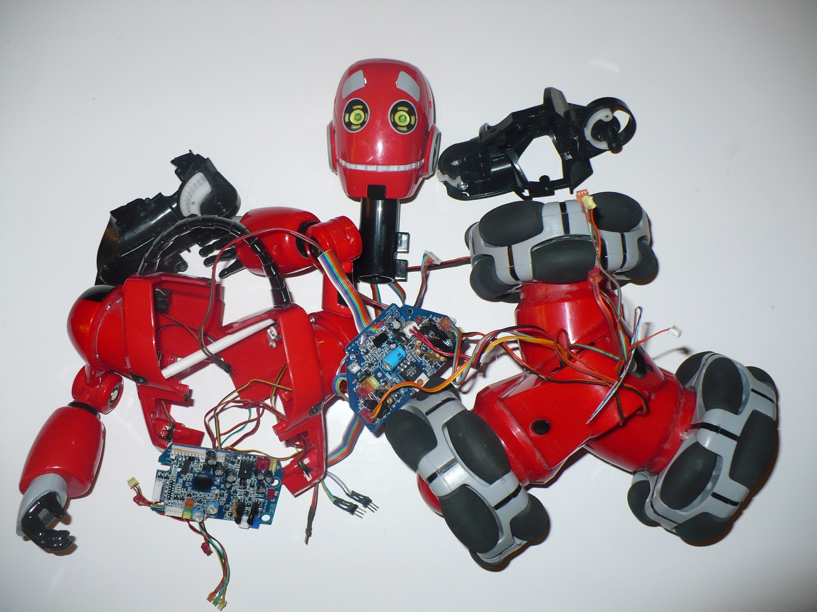 Robot House Hacking The Wowwee Tribot