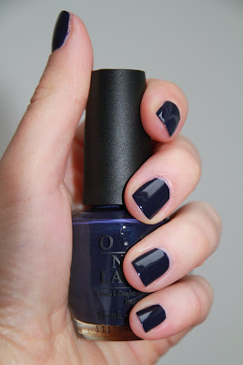 OPI Road House Blues swach Touring America