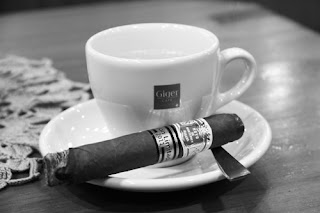cigar, cigars, cigar's, blog, blogger, tasted, tasting, tastings, tasty, smoke, smoked, smoking, smokes, smoker, vaduz, kreuzlingen, schweiz, switzerland, suiza, swiss, suisse, whisky, whiskys, whiskies, whiskey, whiskeys, blind tasting, experiment, experiments, review, reviews, reviewing, eldondo, balgach, portmann, portmanns, portmann's, lonsdale, lonsdales, robusto, robustos, corona, coronas, box, humidor, humidors, boxes, tobacco, tabak, zigarre, zigarren, rauchen, verkostung, heiko, blumentritt, heiko blumentritt, jar, jars, ceramic jar, ceramic jars, trip, trips, pharmacy smoke, ans, lounge