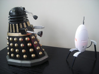 LED Portal Turret vs Dalek