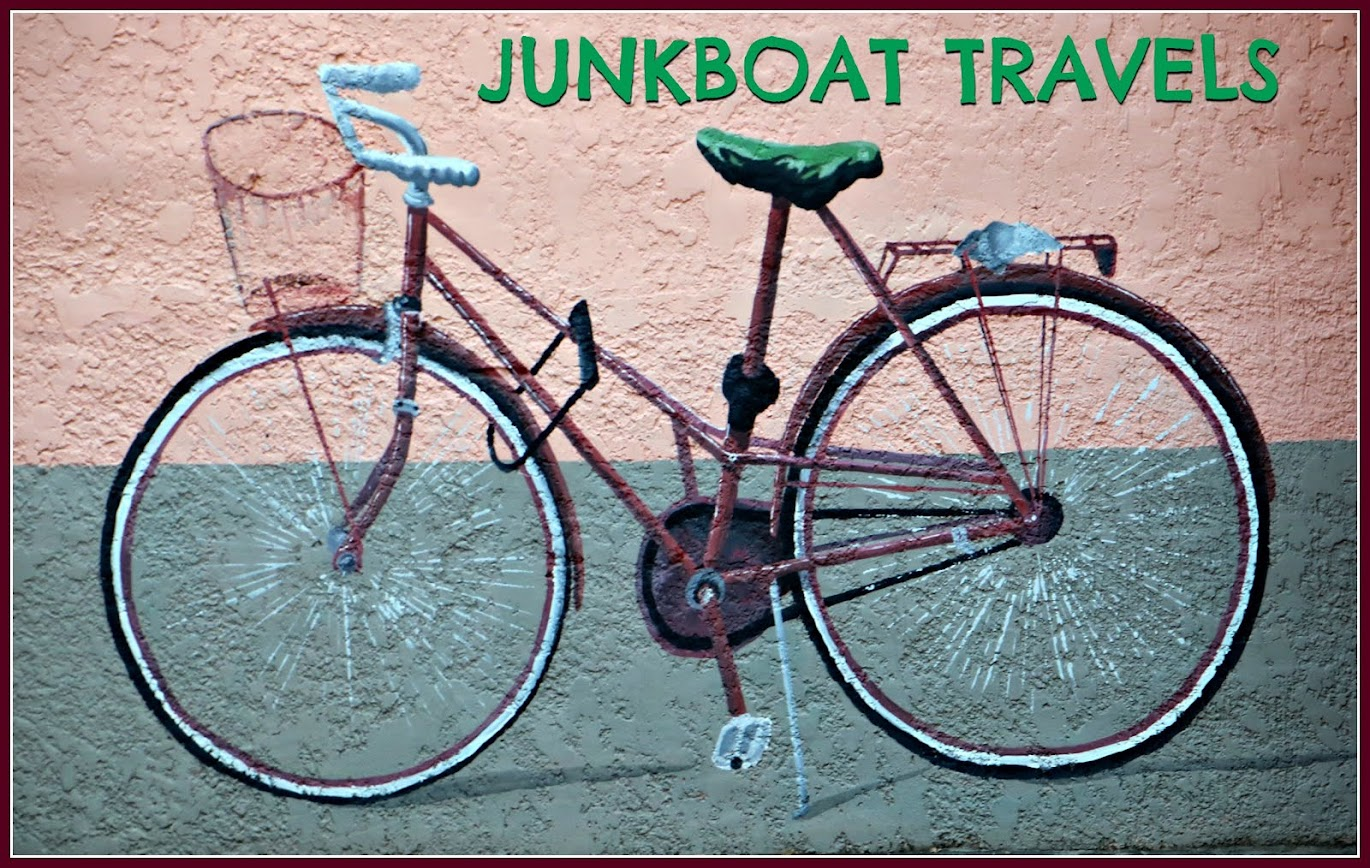JUNK BOAT TRAVELS