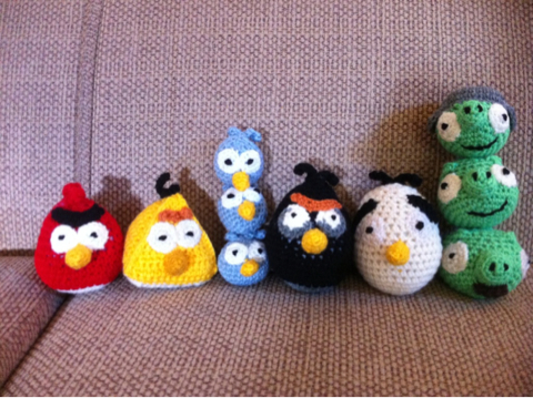 Knitted Childrens Slippers Free Pattern : FREE ANGRY BIRD KNITTING PATTERN - VERY SIMPLE FREE KNITTING PATTERNS
