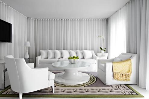 Delano hotel collins avenue historic art deco district for Muebles modernos en miami florida