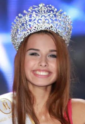 Miss World Poland 2012 Weronika Szmajdzinska