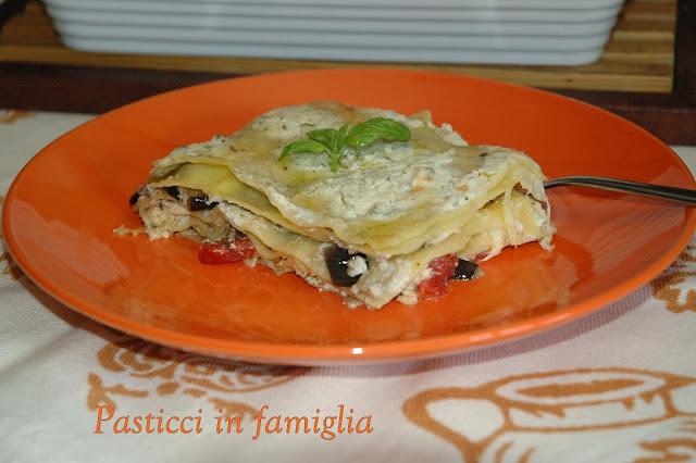 lasagne vegetariane al pesto di olive e crema di latte