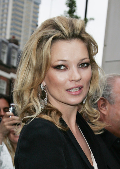 Kate Moss Showed Off Her Medium Curls While Hitting The Topshop Launch