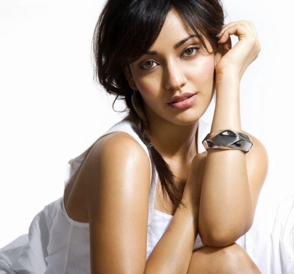 Neha Sharma's Unseen Hottest Photoshoot Photo Gallery (12 HD Pics)