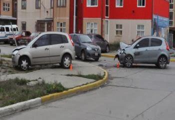 Triple choque con heridos en Rio Grande