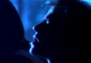 videos-musicales-de-los-90-los-secretos-y-no-amanece