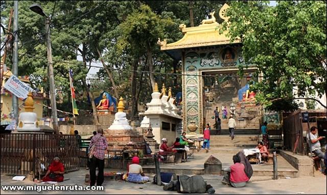 Swayambhunath-Temple-Katmandú-Nepal_1