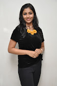 Kruthika at Vinavayya Ramayya press meet-thumbnail-17