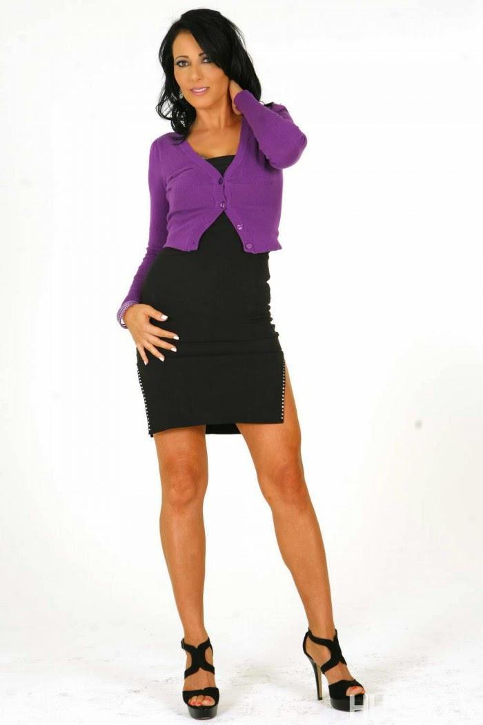 Hot Babes Adult Stars : Zoey Holloway Hot Pics