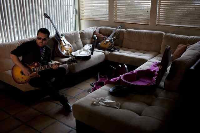 Tony Pulizzi, Tony P Guitar Tony Pulizzi  Playing guitar in his living room Tony Pulizzi