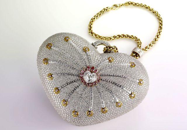 Сумочка из бриллиантов