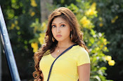 Komal Jha unseen photos gallery-thumbnail-3