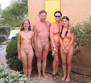 Family and Nudism Photo female nudism photo