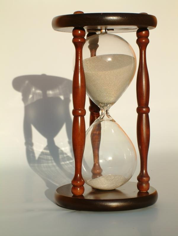 Cherry Hourglass Urn - JustHourglasses
