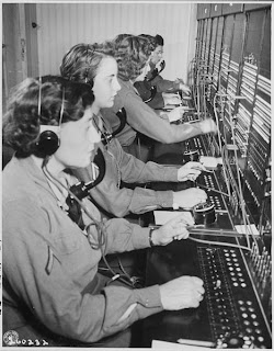 Source: http://commons.wikimedia.org/wiki/File:WAC_telephone_operators_operate_the_Victory_switchboard_during_the_Potsdam_Conference_in_their_headquarters_in..._-_NARA_-_199007.jpg