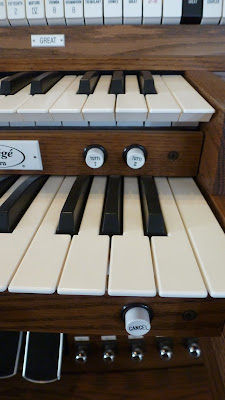 Tutti pistons - Allen Organ