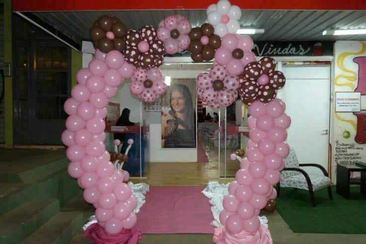 Arco de Balão simples com Flores