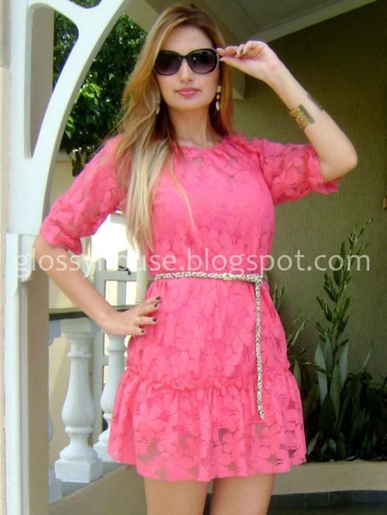 Vestidos de renda na cor rosa