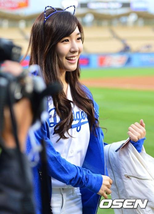 Foto Terbaru Tiffany SNSD LA Dodgers