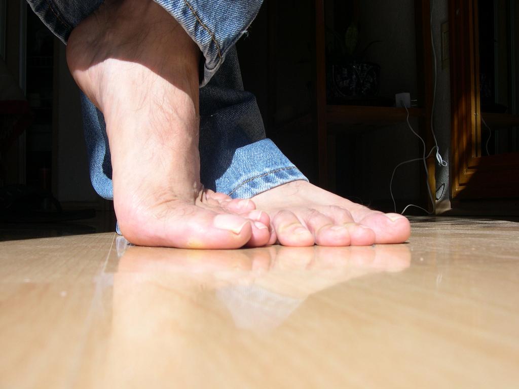 Bare foot pleasures